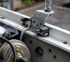 If you're looking for a cb antenna mount for any pick up truck, you should buy the best. Here is an overview of some of the best